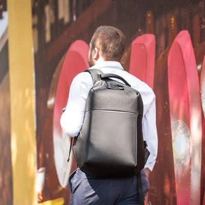 Cómo elegir una mochila anti robo o inteligente
